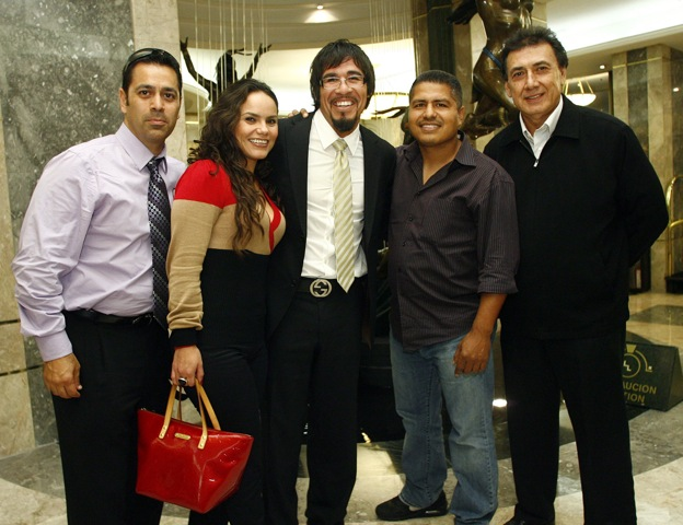 Margarito_Mexico_City_arrival_110920_001a